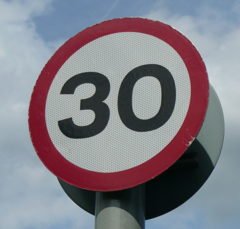 30mph speed limit sign photo