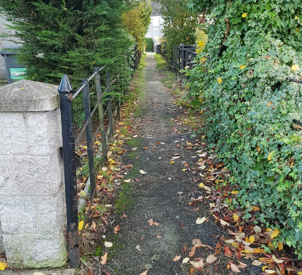 Photo of footpath
