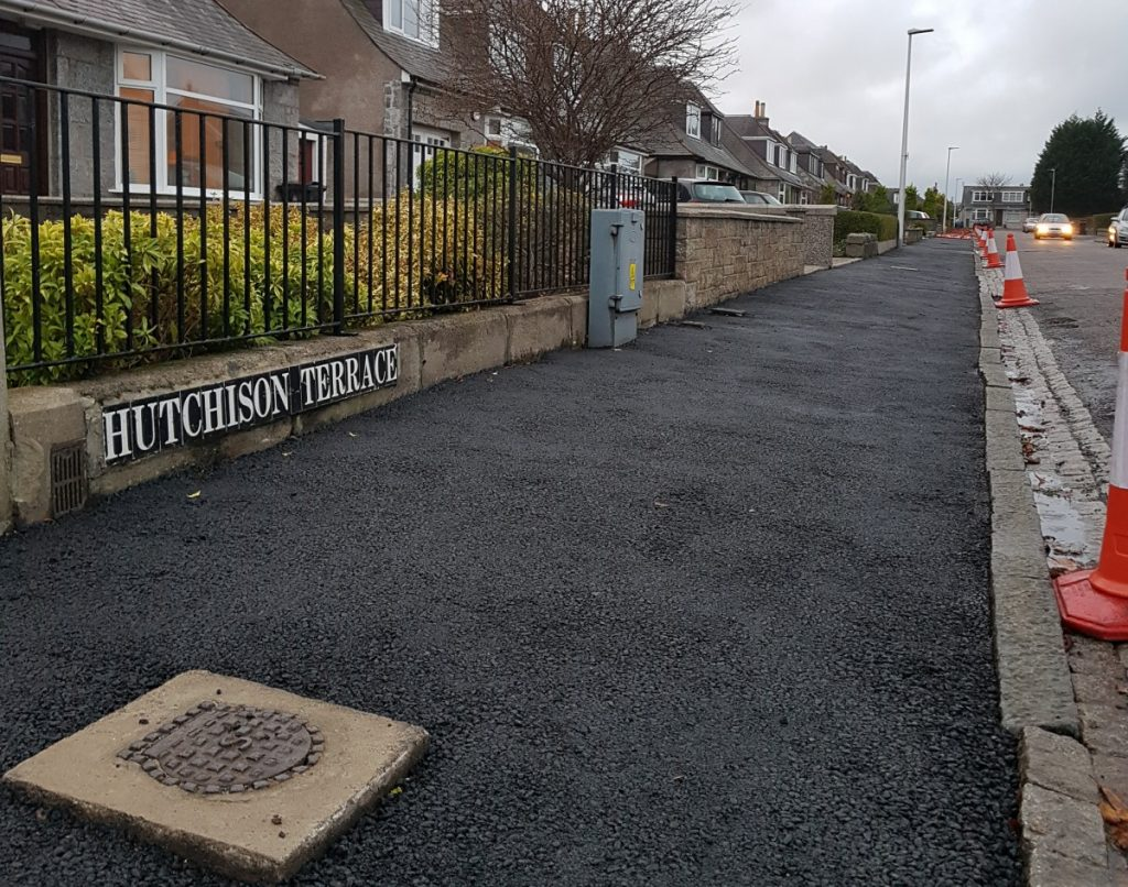 Photo of Hutchison Terrace pavement being resurfaced