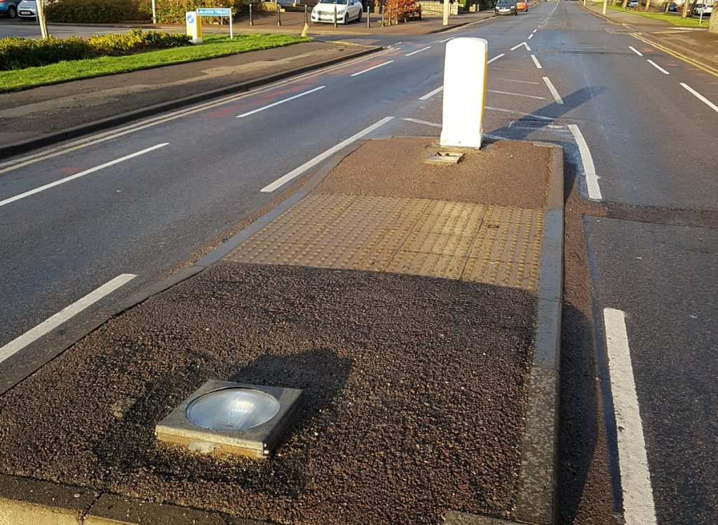 Photo of base without bollard